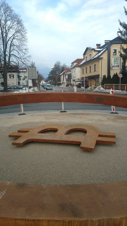 The bitcoin statue in Slovenia is beautiful